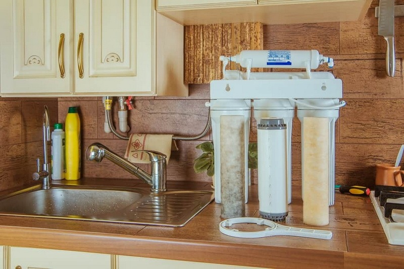 Система обратного осмоса на кухне